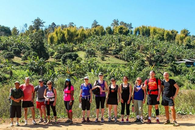 weight-loss-boot-camp-Thailand-group-photo-for-J
