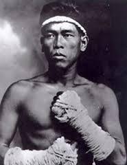 Nai Khanomtom Muay Thai Champion
