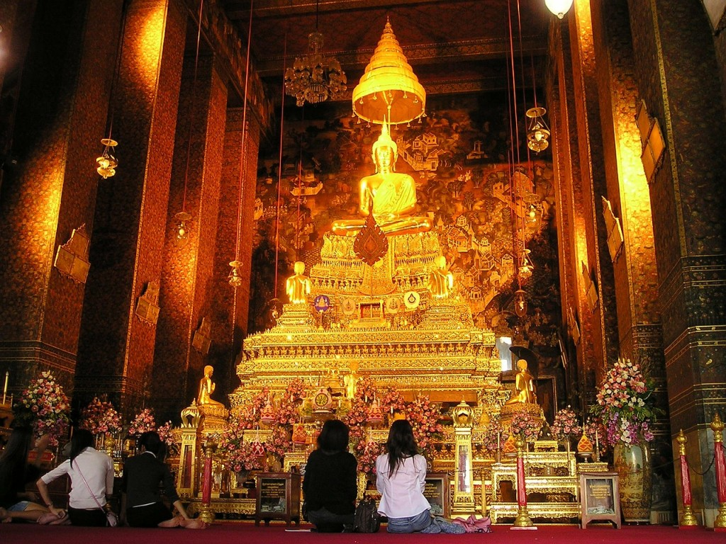 10 Customs Of Thailand