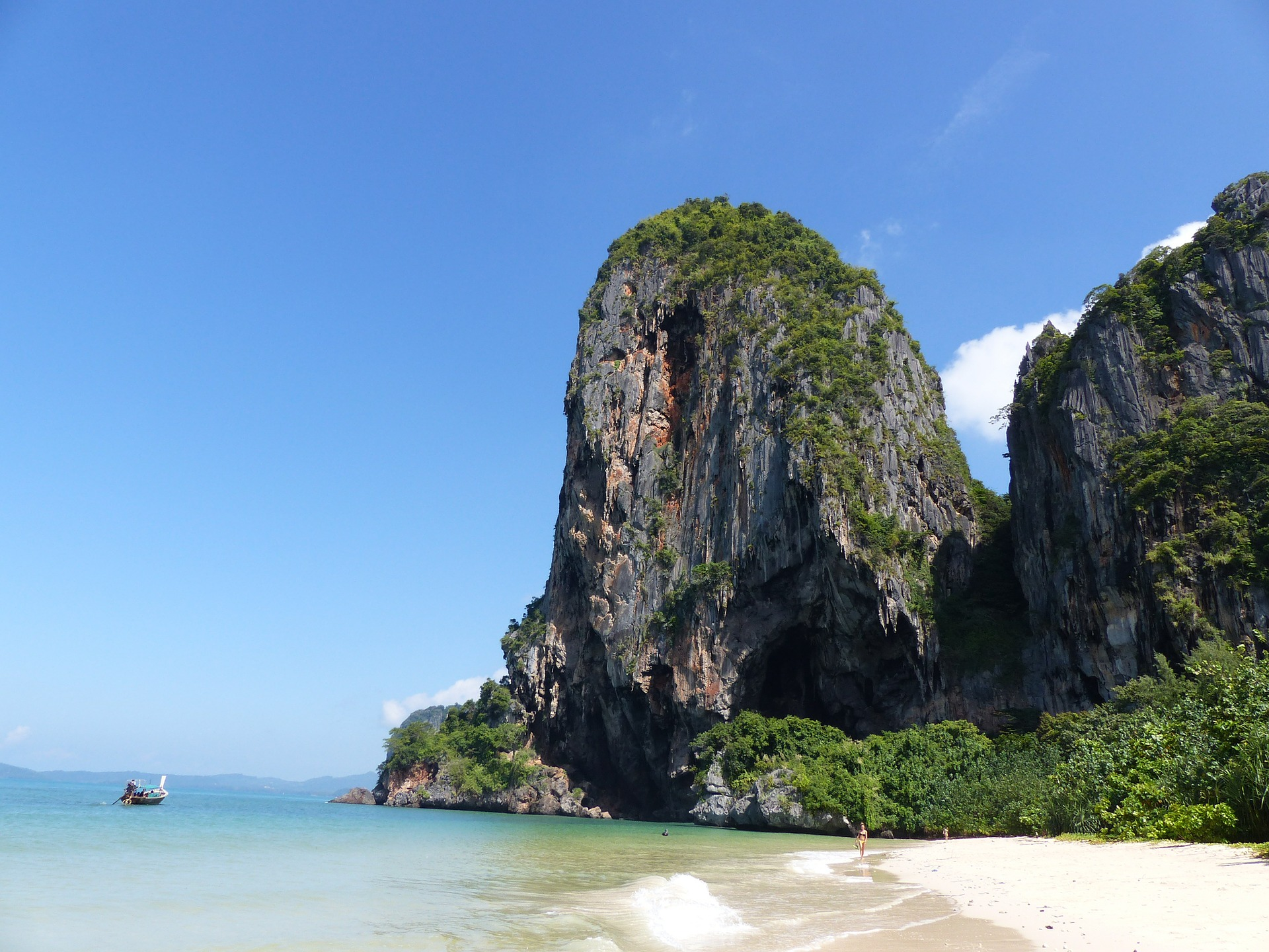 Things to do in ​Thailand​​​ including boot camp holidays and extreme sports