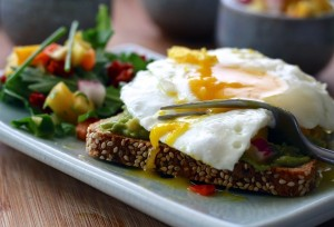 11 high protein breakfast ideas to have on the go